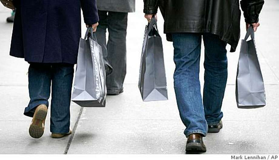 Economists expect consumer spending, which accounts for the largest portion of total economic activity, to remain weak this year, prolonging an already painful recession. Photo: Mark Lennihan, AP