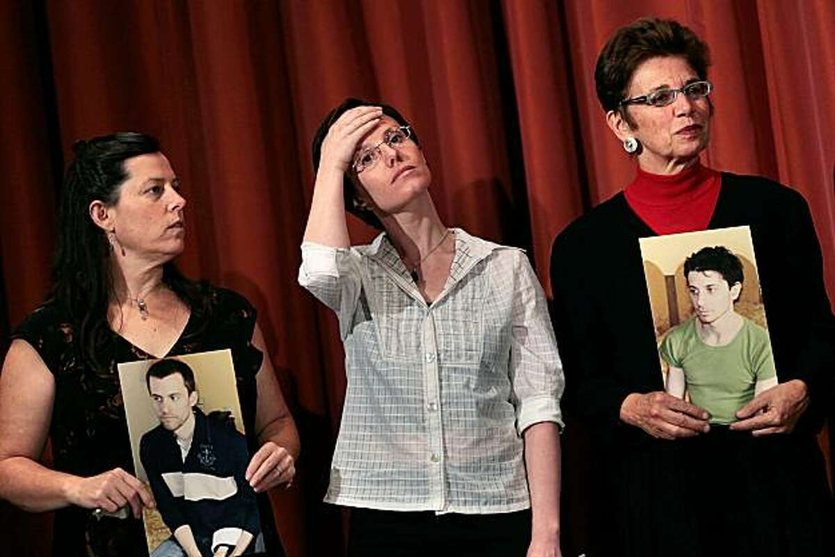 NEW YORK - SEPTEMBER 19: Cindy Hickey (L), recently-released hiker Sarah Shourd (center), and Laura Fattal stand during a press conference September 19, 2010 in New York City. Shourd gave a statement entreating the Iranian government to release her fellow hikers Shane Bauer and Josh Fattal, who are still being held in Iran under suspicion of espionage after being picked up by Iranian security forces during a hiking trip along the Iraq-Iran border in 2009. (Photo by Chris Hondros/Getty Images) *** BEST PIX ***