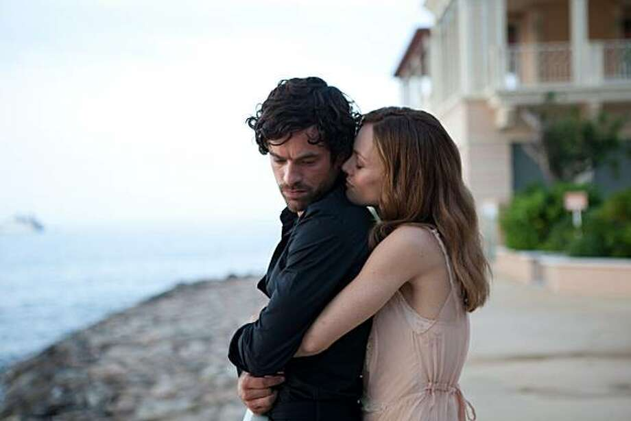 Romain Duris as Alex and Vanessa Paradis as Juliette in HEARTBREAKER directed by Pascal Chaumeil Photo: Magali Bragard, An IFC Films Release