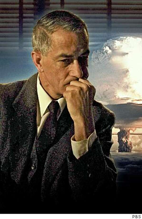 AMERICAN EXPERIENCE The Trials of J. Robert Oppenheimer. David Strathairn as Oppenheimer Photo: PBS