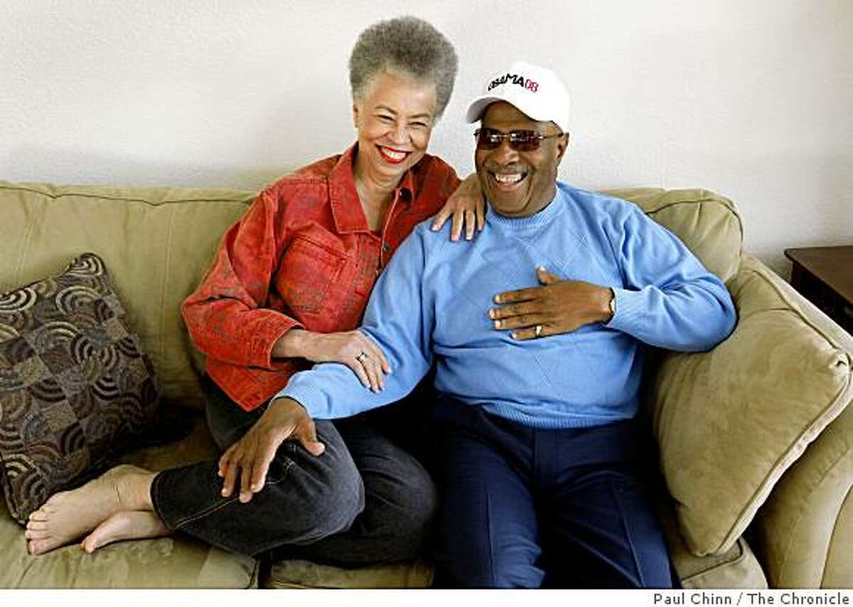 Del Anderson Handy and her husband John Handy sit on the couch in their home in Oakland, Calif., on Friday, Dec. 19, 2008.