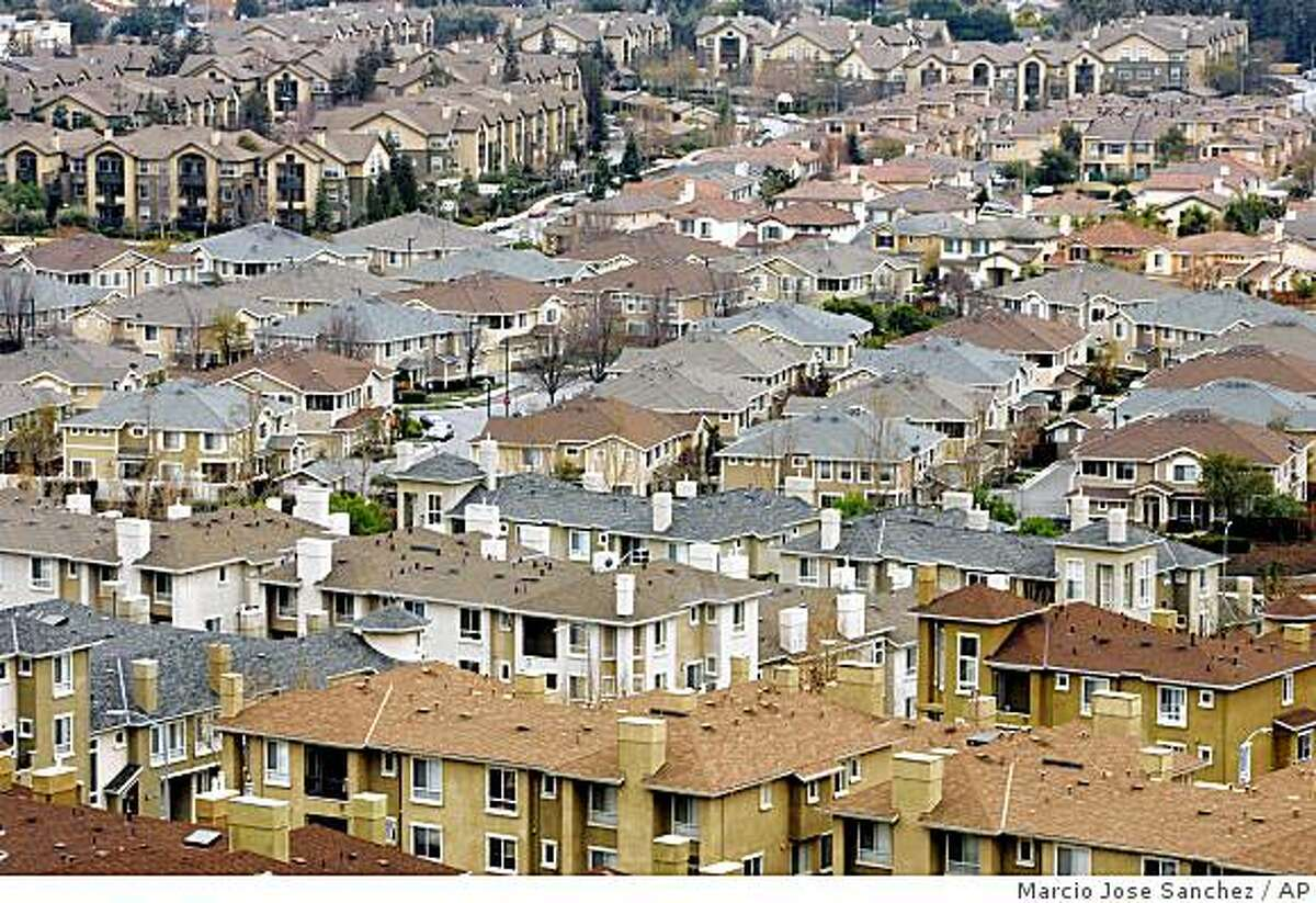 A residential area is seen in San Jose, Calif., Wednesday, Jan. 21, 2009.