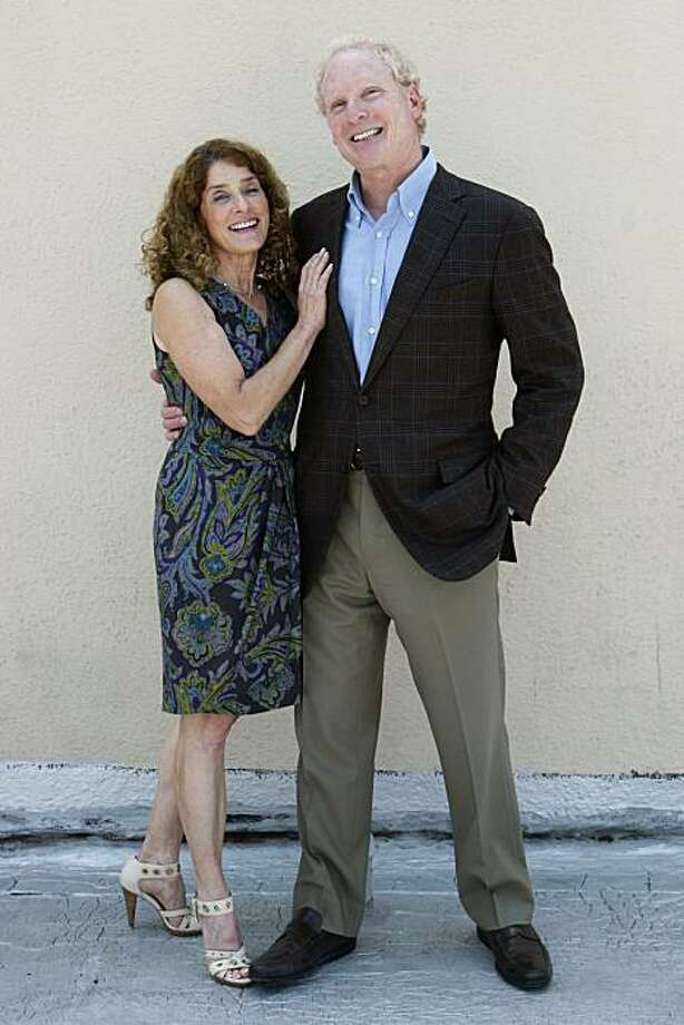 Cheryl and Randy Berger are seen at the Lake Merritt Hotel, which they own, in Oakland, Calif., on Tuesday, Aug. 3, 2010. Photo: Paul Chinn, The Chronicle