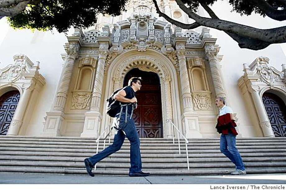 The Archdiocese of San Francisco is transferring hundreds of properties within San Francisco from one Catholic nonprofit to another including Mission Dolores. Photo: Lance Iversen, The Chronicle