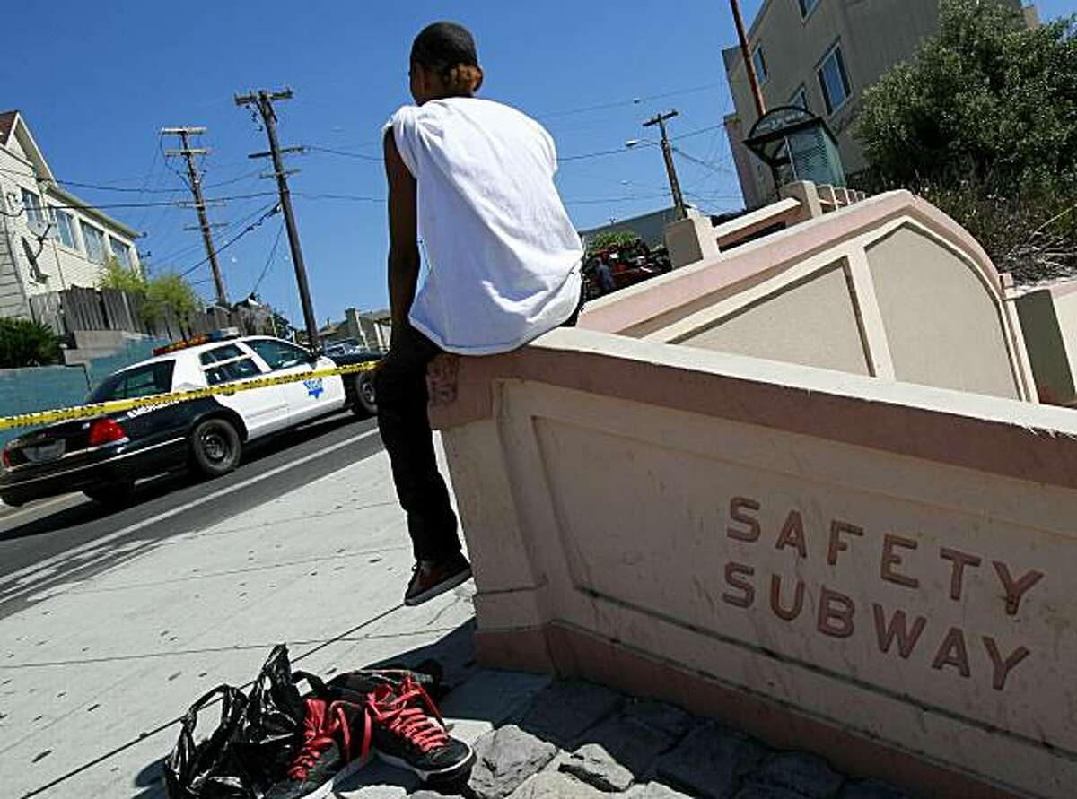Tommy Thompson, who saw the accident, was still waiting for a bus near the intersection. An SUV plowed into a group of five pedestrians waiting for a bus in the Visitacion Valley, San Francisco on Tuesday, August 24, 2010.