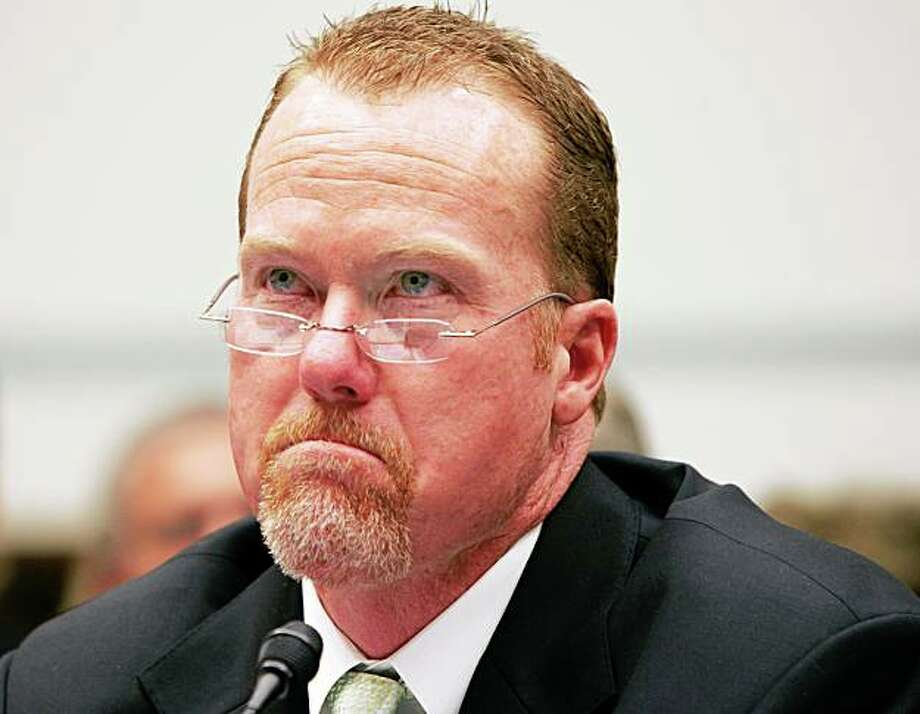Mark McGwire testifies before the House Government Reform Committee in 2005. Photo: Rick McKay, Washington Bureau