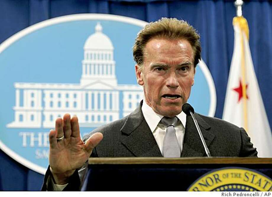 Gov. Arnold Schwarzenegger said he will restart stalled state budget talks in hopes of getting an agreement to deal with a $42 billion deficit during a news conference at the Capitol in Sacramento, Calif., Wednesday, Jan. 7, 2009.  (AP Photo/Rich Pedroncelli) Photo: Rich Pedroncelli, AP