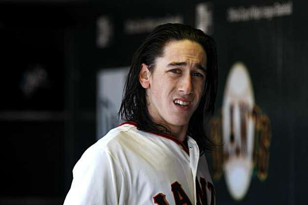 The San Francisco Giants starting pitcher Tim Lincecum as he leaves the field after being replaced by Guillermo Mota in the fourth inning against the  San Diego Padres, Sunday August 15, 2010, in San Francisco, Calif. Photo: Lacy Atkins, THE CHRONICLE