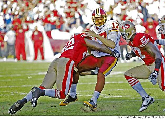 San Francisco 49ers Patrick Willis (52) tackles Washington Redskins Jason Campbell (17) in a game hosted by the 49ers at Candlestick Park on Sunday, December 28, 2008. Photo: Michael Maloney, The Chronicle