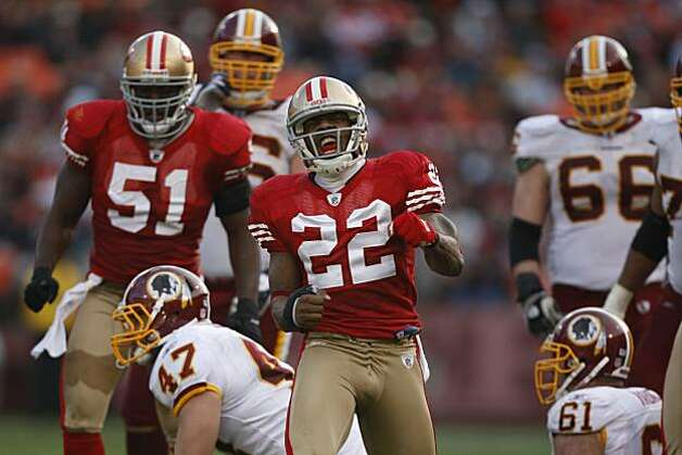 San Francisco 49ers Nate Clements (22) celebrates a great defensive stand in the 3rd quarter of a game hosted by the 49ers at Candlestick Park on Sunday, December 28, 2008. The 49ers won 27-24. Photo: Michael Maloney, The Chronicle 2008