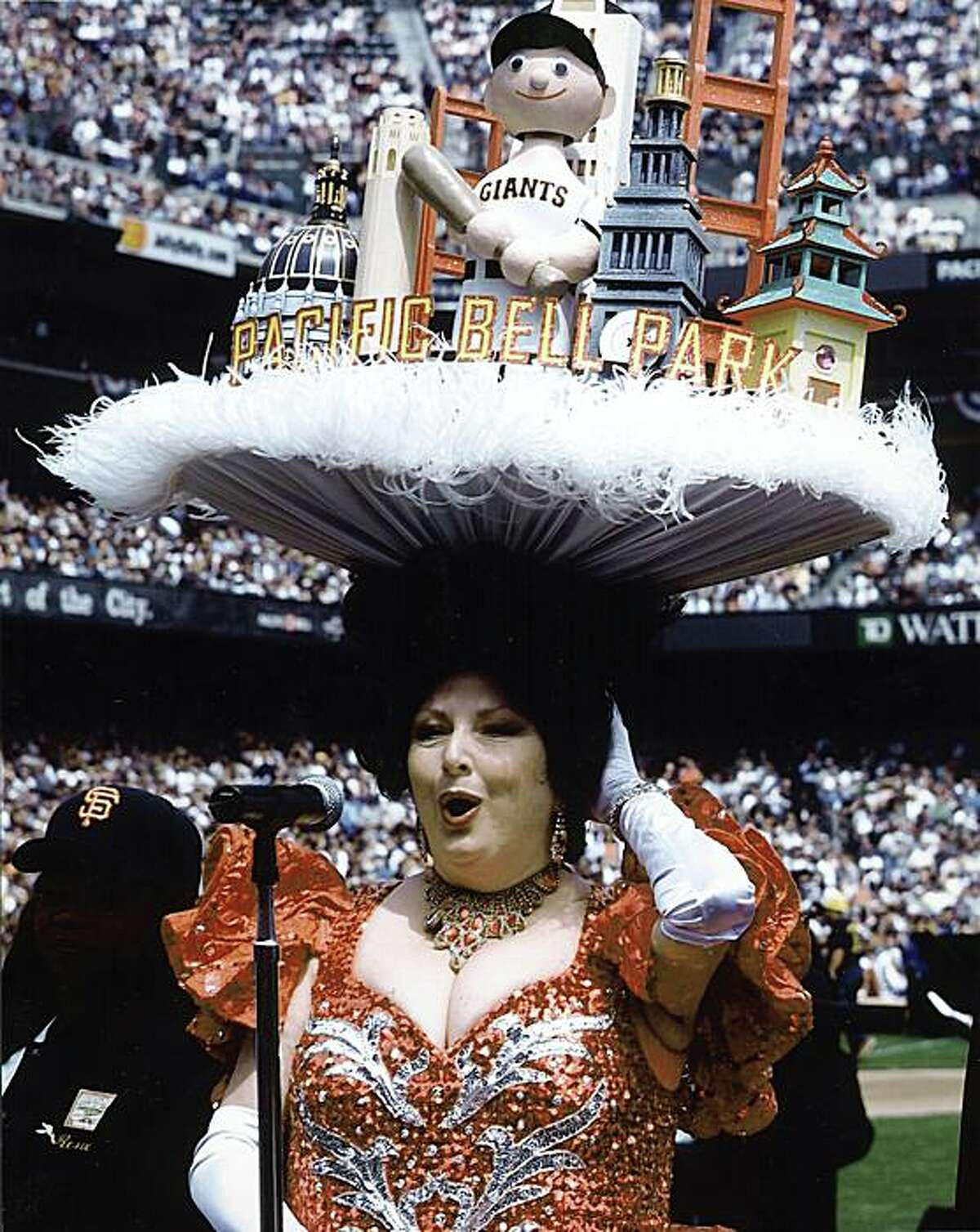 Beach Blanket Babylon star Val Diamond sings the national anthem at Pac Bell Park.