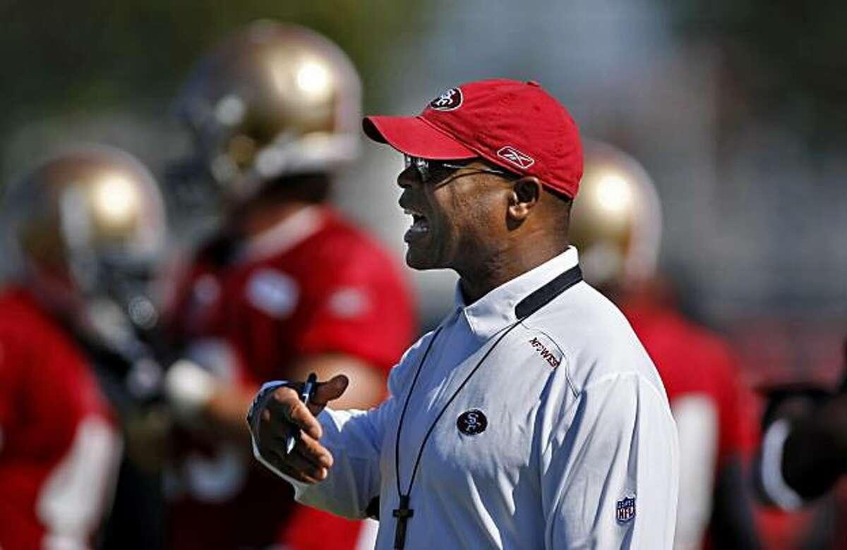 San Francisco 49ers head coach Mike Singletary during practice, Sunday Aug. 1, 2010, in Santa Clara, Calif.