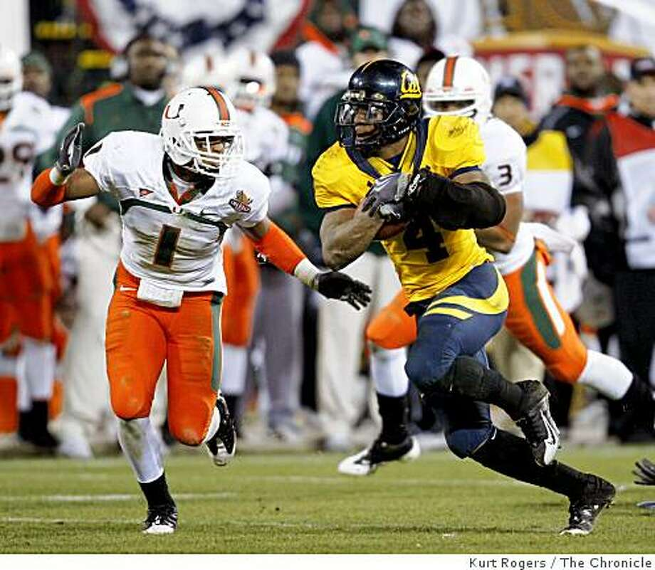 Cal's Jahvid Best runs for a first down in the 4th quarter in Cal's 24-17 win over Miami in the Emerald Bowl on Saturday, Dec 27, 2008 in San Francisco , Calif. Photo: Kurt Rogers, The Chronicle