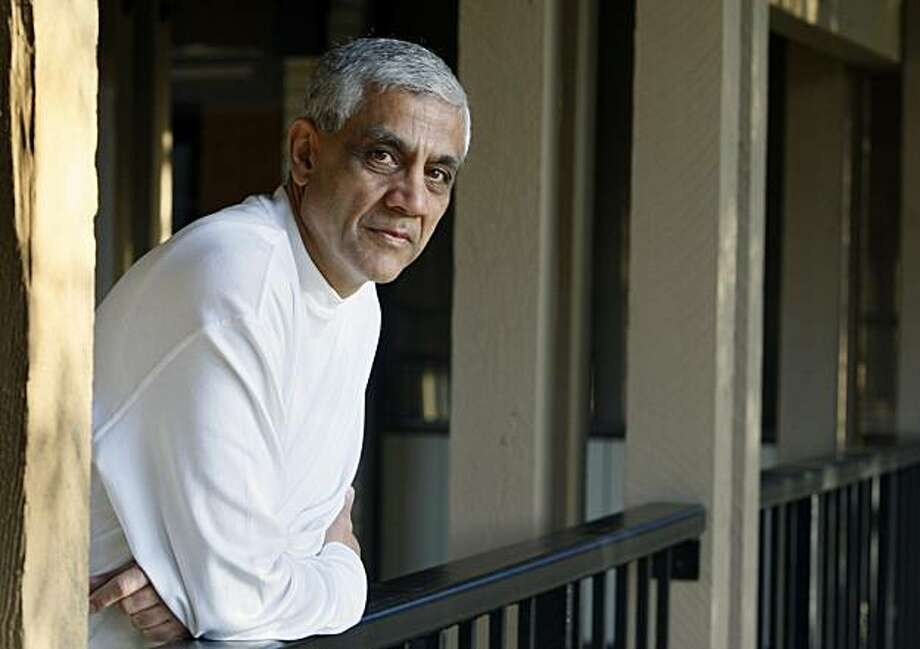 Vinod Khosla will chair the advisory board for a new clean tech network in India that will connect Indian start-ups with investors. Photo: Paul Chinn, The Chronicle