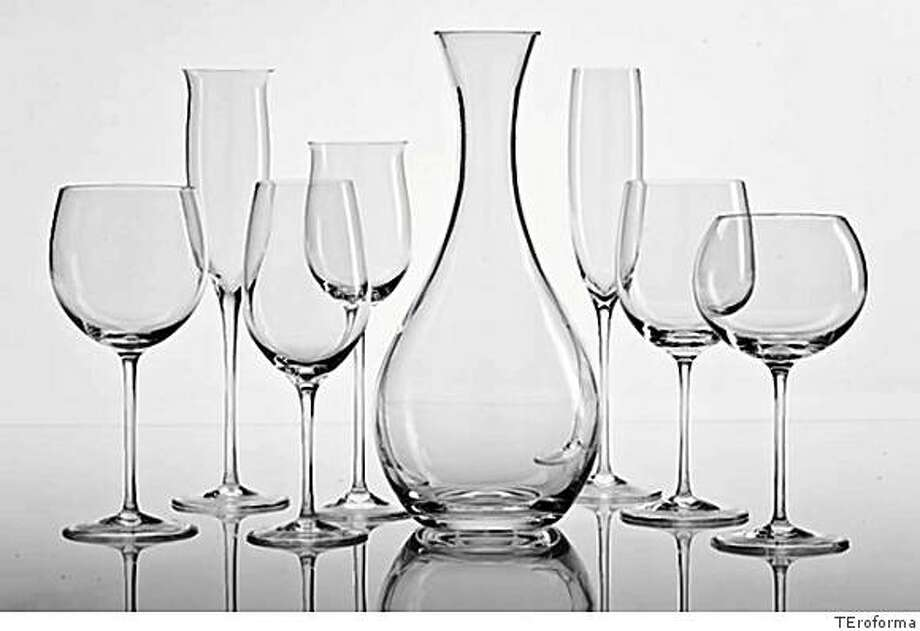 red wine, white wine, champagne flutes and decanter Designed by Tihomir Tomic (Croatia) Photo: TEroforma