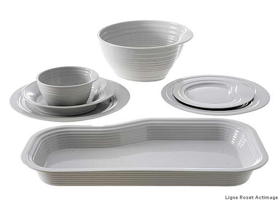 The Paysages collection is guaranteed oven, dishwasher and microwave-safe. Photo: Ligne Roset Actimage