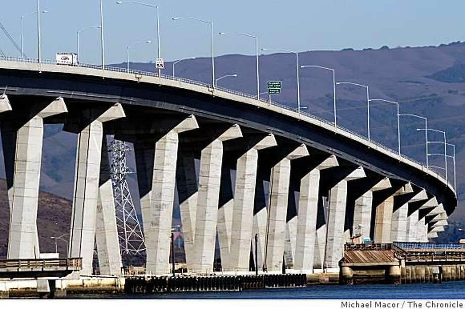 The Dumbarton Bridge as seen from East Palo Alto, Calif. on Wednesday Dec. 17, 2008. Caltrans officials released a study today that looks at the seismic safety of the Dumbarton and Antioch bridges. Even though the two bridges are fairly new, the report states they are in need of retrofitting to withstand a major earthquake. Photo: Michael Macor, The Chronicle