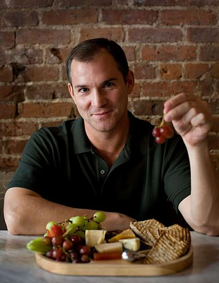 "Frank Bruni, former New York Times food critic and author of ""Born Round"", poses in New York, Friday, Aug. 14, 2009. Photo: Yanina Manolova, AP"