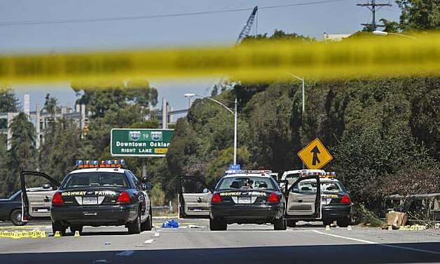Interstate 580 in Oakland was closed in both directions Sunday after a shootout Saturday night involving two CHP officers and a man wearing body armor. Photo: Lacy Atkins, The Chronicle