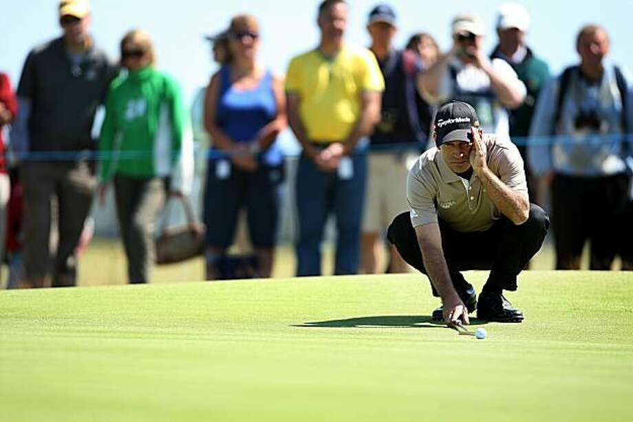 ANGUS, SCOTLAND - JULY 23: Corey Pavin of the USA in action during the second round of the Senior Open Championship on July 23, 2010 at Carnoustie in Angus, Scotland. Photo: Ian MacNicol, Getty Images