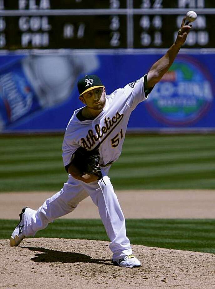 Dallas Braden pitches into the top of the seventh inning of the A's game against the Chicago White Sox at the Oakland Coliseum on Sunday. Photo: John Sebastian Russo, The Chronicle
