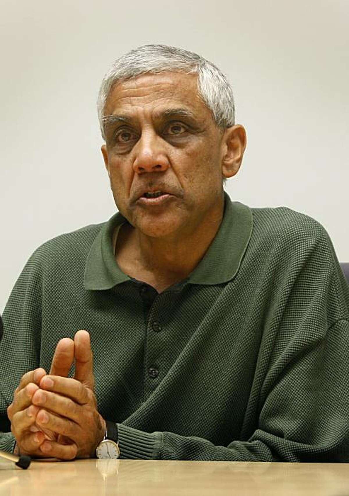 Venture capitalist Vinod Khosla discusses green technology and biofuels at his firm's office in Menlo Park, Calif., on Wednesday, April 23, 2008. Photo by Paul Chinn / San Francisco Chronicle