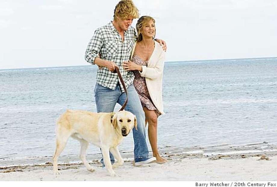 "Owen Wilson and Jennifer Aniston in ""Marley & Me"" (2008). Photo: Barry Wetcher, 20th Century Fox"