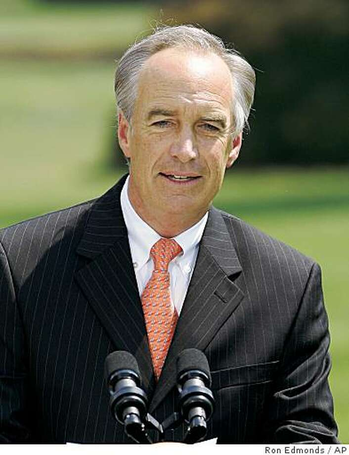 Former Idaho Gov. Dirk Kempthorne speaks after being sworn-in to be the new Secretary of Interior, Wednesday, June 7, 2006, on the South Lawn at the White House in Washington. (AP Photo/Ron Edmonds) Ran on: 06-20-2006 Photo: Ron Edmonds, AP