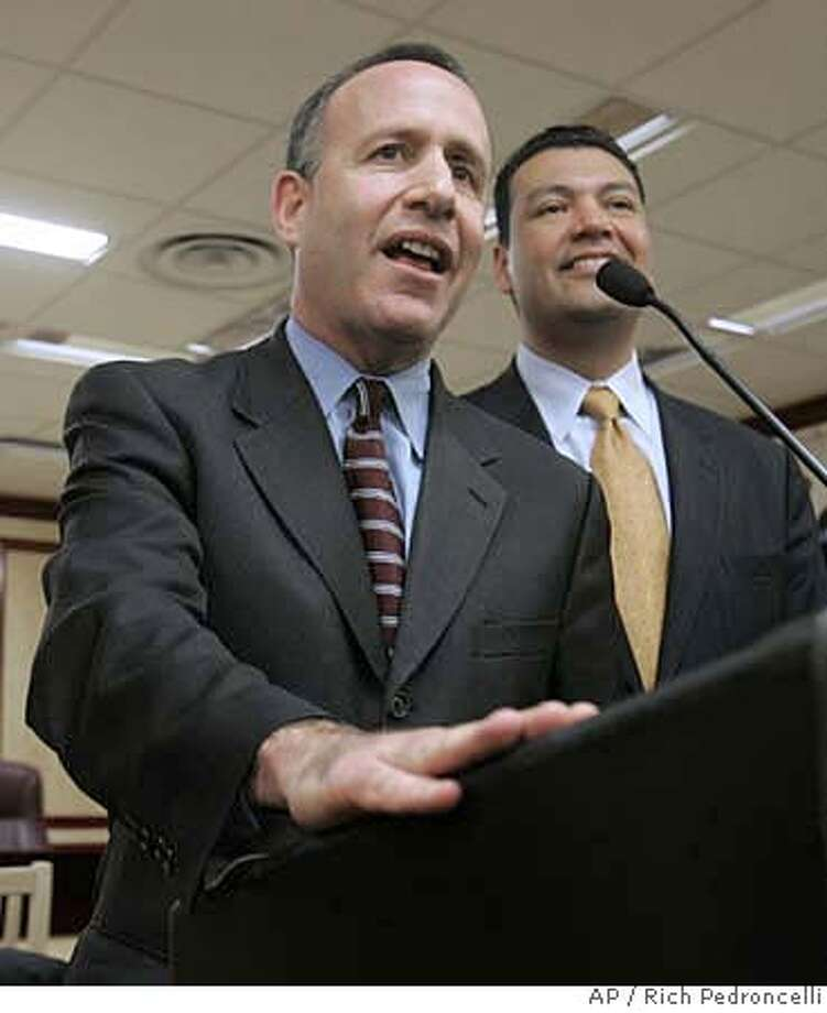 State Sen. Darrell Steinberg, D-Sacramento, left, answers questions after being named to take over the Senate leadership, during a Capitol news conference, in Sacramento, Calif., Thursday, Feb. 7, 2008. Democrats in the state Senate selected Steinberg to replace Senate President Pro Tem Don Perata, who will be termed out of office later this year. Perata will remain as Pro Tem until Aug 21, when Democrats make it permanent in a caucus vote. At right is state Sen. Alex Padilla, D-Los Angeles. (AP Photo/Rich Pedroncelli) Photo: Rich Pedroncelli