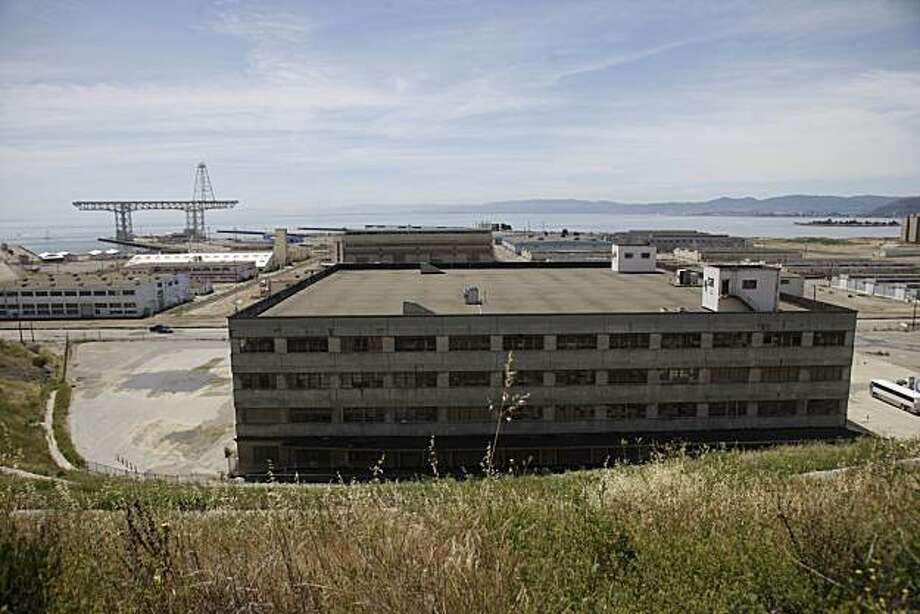 The site of the proposed NFL stadium and other areas being developed are seen at Hunters Point Shipyard redevelopment project in San Francisco, Calif. on Wednesday June 2, 2010. Photo: Lea Suzuki, The Chronicle