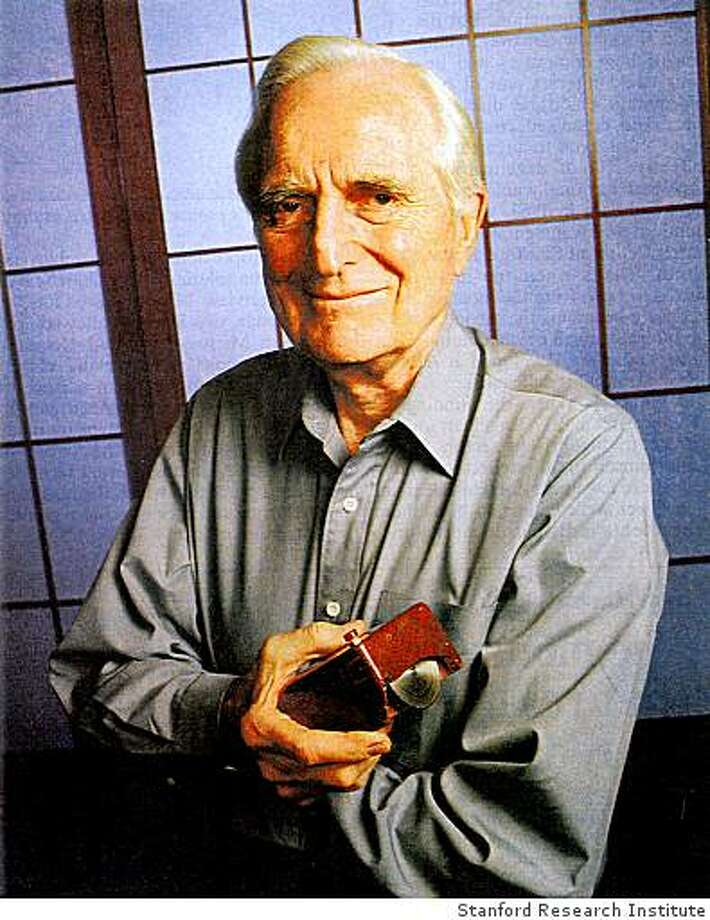 Fourty years ago, Douglas Engelbart and his team from the Stanford Research Institute introduced the computer mouse, hypertext links, multiple windows, shared-screen collaboration involving remote sites and dynamic file linking. Photo: Stanford Research Institute