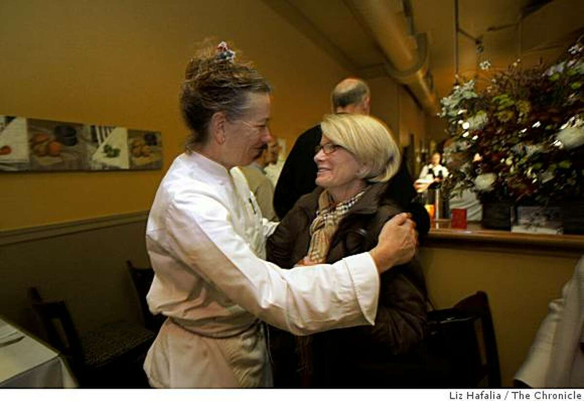 JoJo, a french restaurant in Oakland is down 40 percent in revenue from previous years and will be shutting the place the day after New Year's Eve. Owner Mary Jo Thoresen saying bye to long time patron Karyn Kintzer from Orinda in Oakland, Calif., on Friday, December 5, 2008.