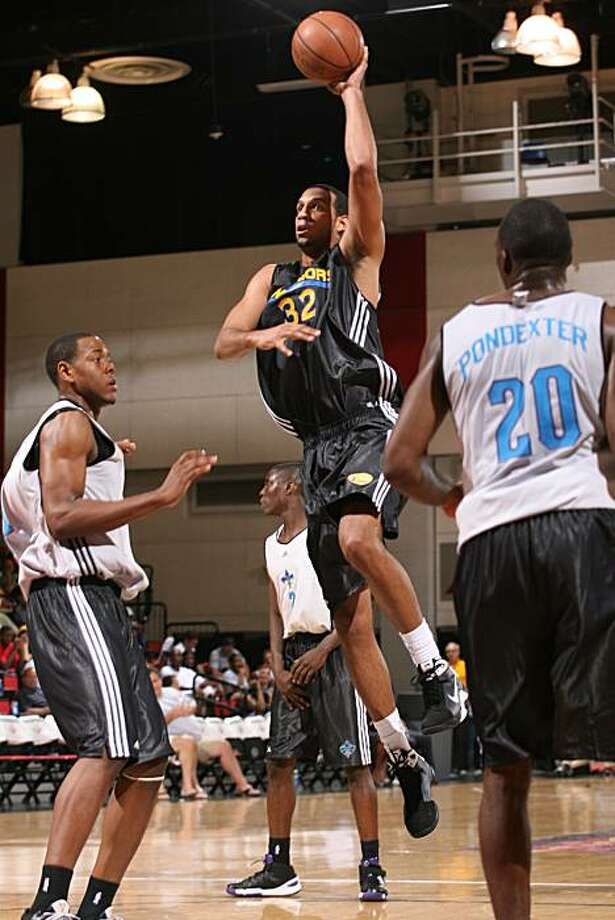 Brandan Wright plays in the Warriors' Summer League game against the Hornets at Cox Pavilion in Las Vegas on July 9, 2010. Photo: Jack Arent, Warriors