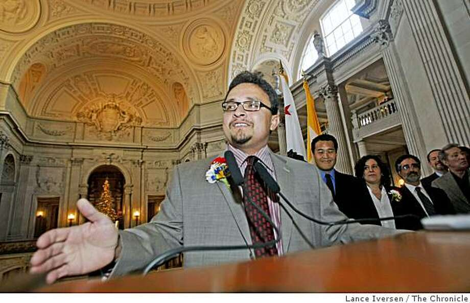 Supervisor David Campos speaks to friends and well-wishers at his swearing in ceremony at City Hall Thursday, Dec. 5, 2008. Photo: Lance Iversen, The Chronicle