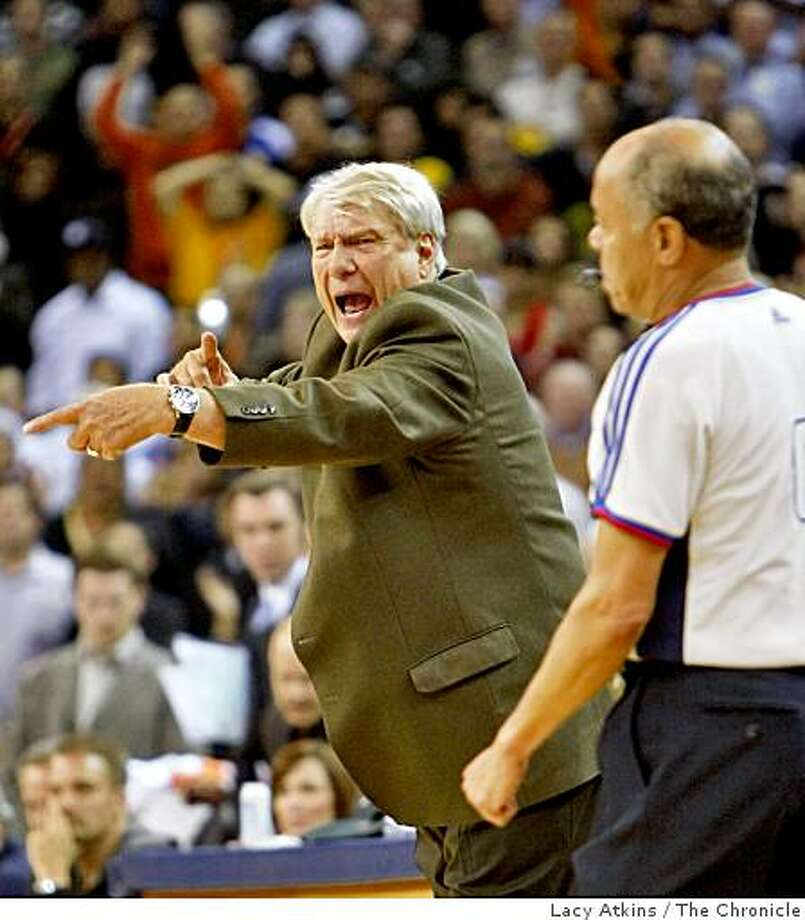 Golden State Warriors head coach Don Nelson yells at a call against the Miami Heat in the overtime period, Monday Dec. 1, 2008, in Oakland, Calif.The Heat defeated the Warriors 130-129 Photo: Lacy Atkins, The Chronicle