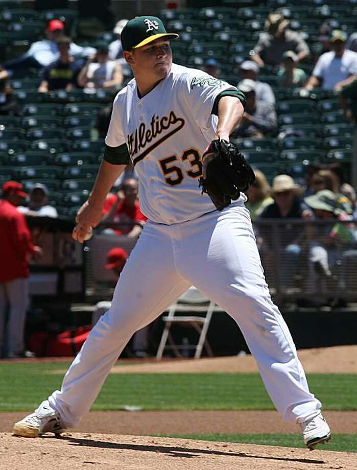 A's vs. Angels at the Oakland coliseum. Athletics pitcher Trevor Cahill in the fifth inning in Oakland, Calif., on Thursday, June 10, 2010. Photo: Liz Hafalia, The Chronicle