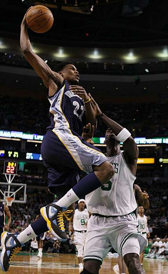 BOSTON - MARCH 10:  Rudy Gay #22 of the Memphis Grizzlies heads for the basket as Kevin Garnett #5 of the Boston Celtics defends on March 10, 2010 at the TD Garden in Boston, Massachusetts.  NOTE TO USER: User expressly acknowledges and agrees that, by downloading and or using this photograph, User is consenting to the terms and conditions of the Getty Images License Agreement.  (Photo by Elsa/Getty Images) Photo: Elsa, Getty Images