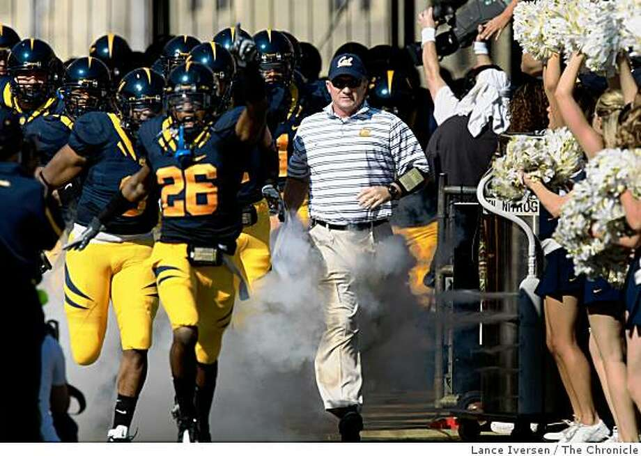 Cal head coach Jeff Tedford leads his team onto the field to face UCLA Saturday October 25, 2008.  Cal defeated UCLA in Berkeley Calif 41-20 Photo: Lance Iversen, The Chronicle
