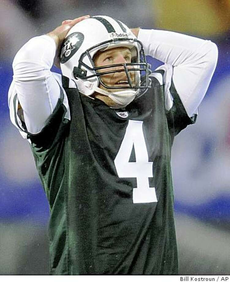 New York Jets quarterback Brett Favre reacts after an incomplete pass on fourth down during the fourth quarter of an NFL football game against the Denver Broncos on Sunday, Nov. 30, 2008, at Giants Stadium in East Rutherford, N.J. The Broncos beat the Jets 34-17. (AP Photo/Bill Kostroun) Photo: Bill Kostroun, AP