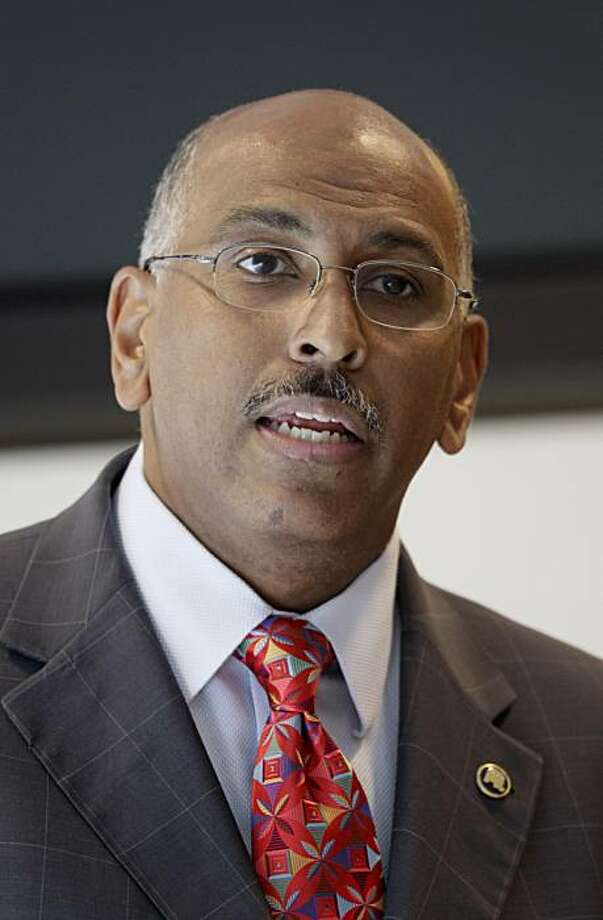 Republican National Committee Chairman Michael Steele speaks to the San Francisco Chamber of Commerce in San Francisco, Thursday, June 24, 2010. Photo: Jeff Chiu, AP