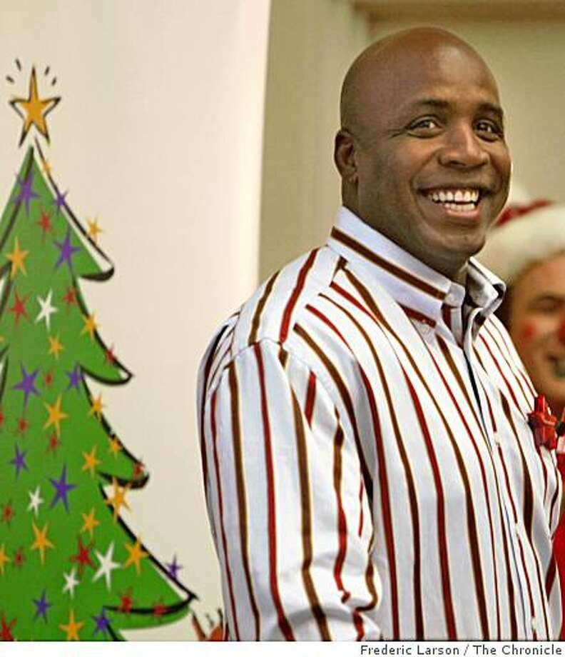 Barry Bonds visited kids at UCSF Hospital in San Francisco, Calif. on October 7, 2008 to promote the upcoming Macy's Christmas tree lighting. Photo: Frederic Larson, The Chronicle