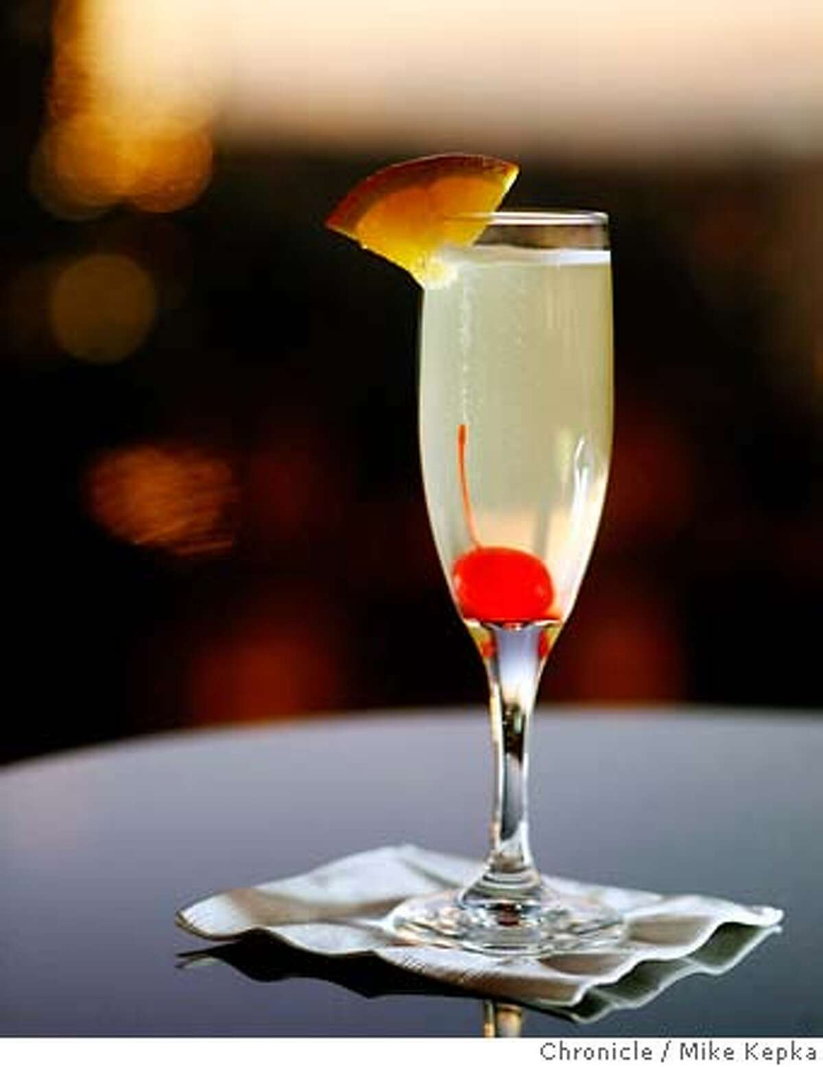 spirit0100057_mk.JPG A Top of the Mark Specialty is the French 75 made with Champaign, gin and sweet & sour. Mike Kepka / The Chronicle MANDATORY CREDIT FOR PHOTOG AND SF CHRONICLE/ -MAGS OUT