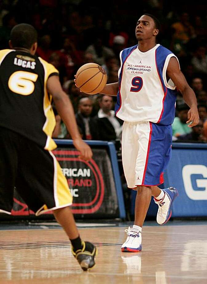 Jai Lucas, left, guards Jeffrey Jordan in the Jordan Brand All-American Classic basketball game at Madison Square Garden in New York, Saturday, April 21, 2007. (AP Photo/John Marshall Mantel)