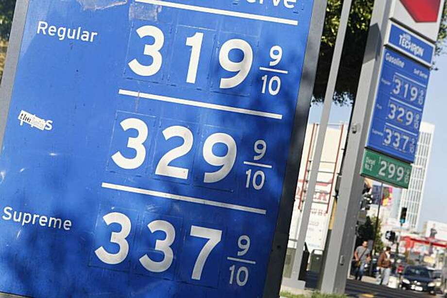 Gas prices are shown on signs at a gas station in San Francisco, Calif. on Wednesday, September 23, 2009. Photo: Lea Suzuki, The Chronicle