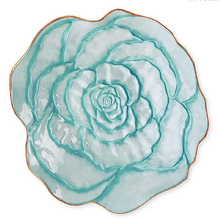 Aqua Luxe Gourmet Rose Bowl Photo: Magenta