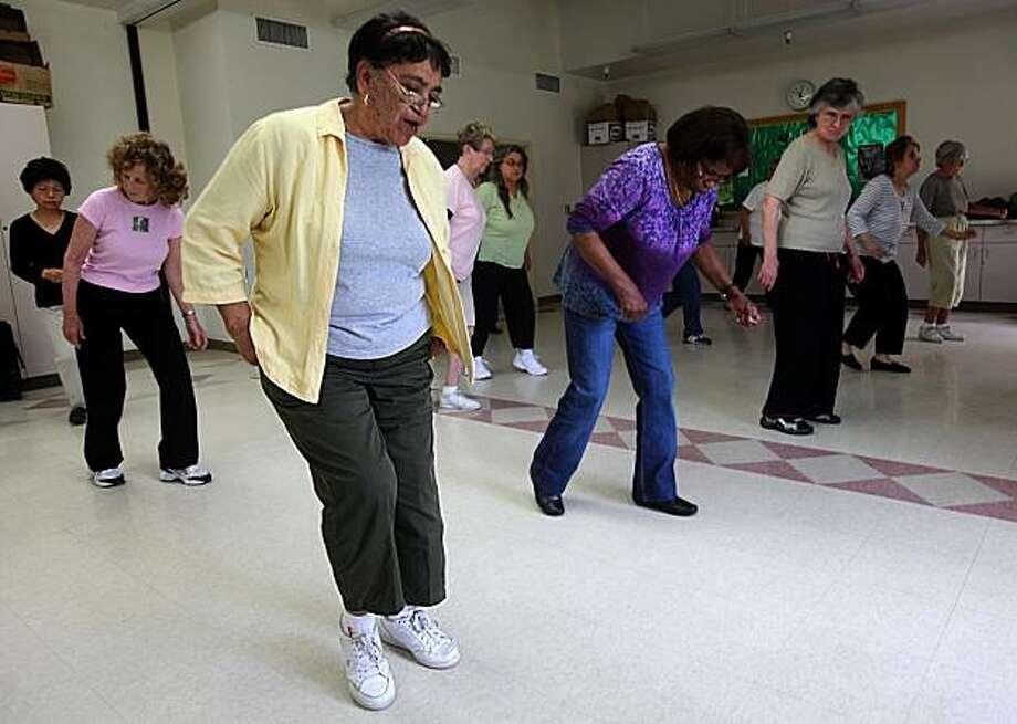 Lola Eastridge, 73, taking a soul line dancing atFamily Service Fair Oaks Intergenerational Center in Redwood City, Calif., on Thursday, April 29, 2010. Photo: Liz Hafalia, The Chronicle
