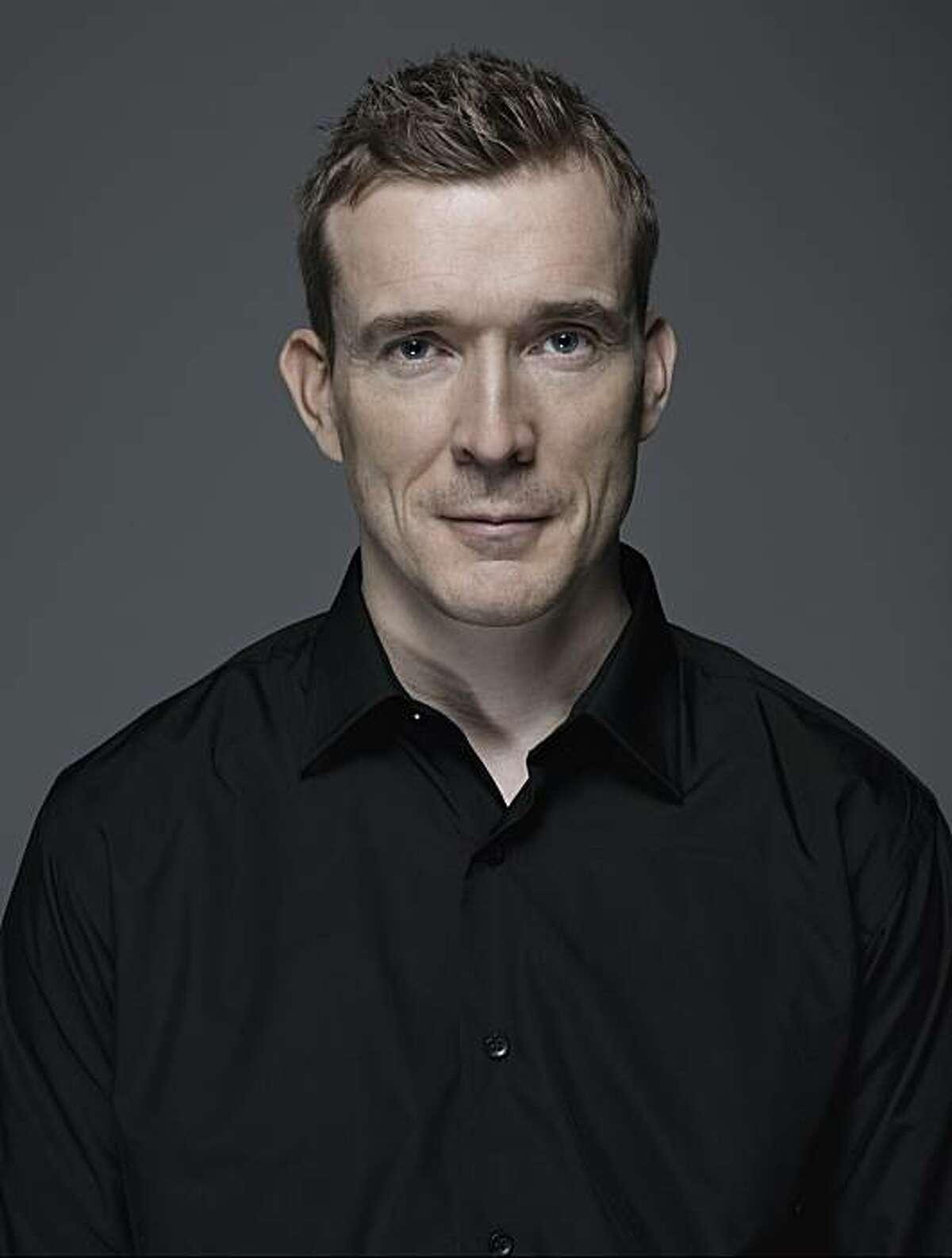 "David Mitchell, author of ""The Thousand Autumns of Jacob de Zoet: A Novel"""