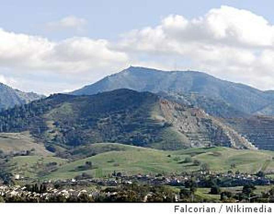 View of Mount Diablo from Newhall Park in Concord. Photo: Falcorian, Wikimedia