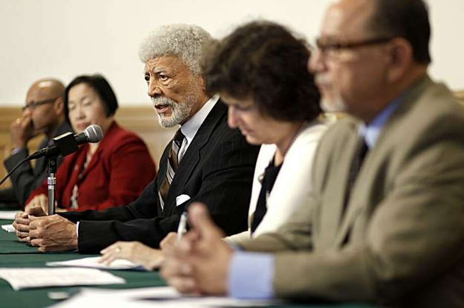 Oakland's Mayor Ron Dellums, is joined by (left to right) Howard Jordan, assitant police chief, council member Jean Quan, council president, Jane Brunner and council member Ignacio De La Fuente, as they hold a press conference to discuss the $31.5 million budget the city is facing at City Hall in Oakland, Ca. on Tuesday June 22, 2010. Photo: Michael Macor, The Chronicle