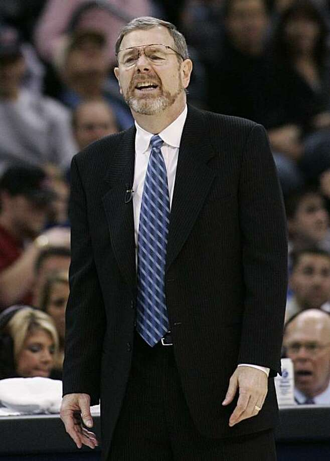 Oklahoma City Thunder head coach P.J. Carlesimo reacts during an NBA basketball game against the New Orleans Hornets in Oklahoma City, Friday, Nov. 21, 2008. The Oklahoma City Thunder have fired coach P.J. Carlesimo, with the team off to an NBA-worst 1-12 start in its new city. (AP Photo/Sue Ogrocki) Photo: Sue Ogrocki, AP